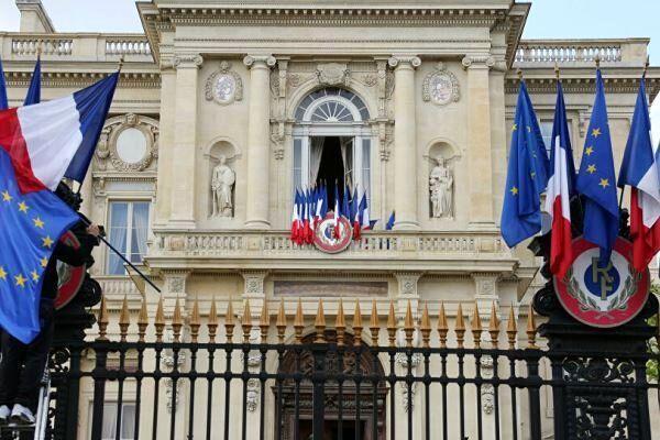 سفیر روسیه در فرانسه احضار شد