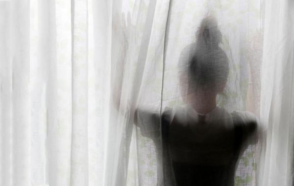 13 نشانه رایج افسردگی که باید جدی بگیرید