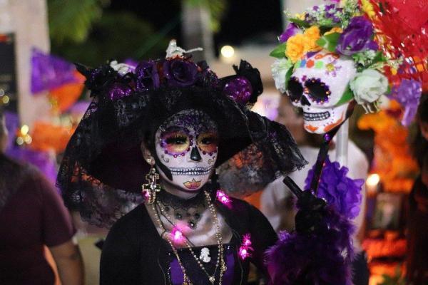 مقاله: آشنایی با فستیوال روز مردگان در مکزیک (The Day of the Dead)